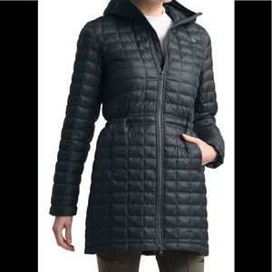 Women's black North face Puffer jacket